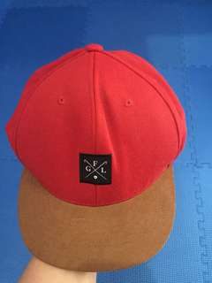 RED SNAPBACK