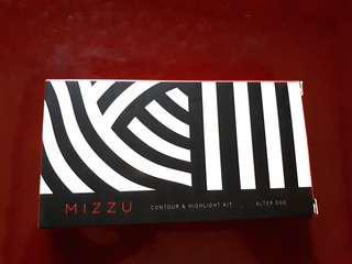 Mizzu Alter Ego Contour & Highlight Kit - Banana Palette