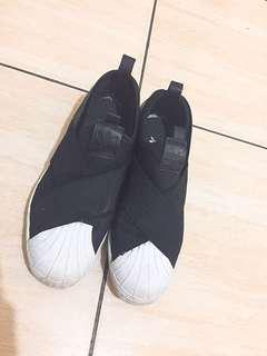 🚚 Adidas繃帶鞋 女鞋二手賣