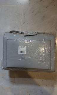 Brand New DKNY Handbag Slingbag