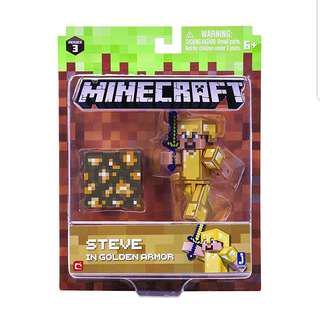 Minecraft Steve in Gold Armor Pack, 1 figure