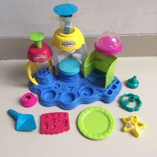 Play-doh Frosting Fun Bakery ice cream cake maker playdoh preloved murah #maucoach