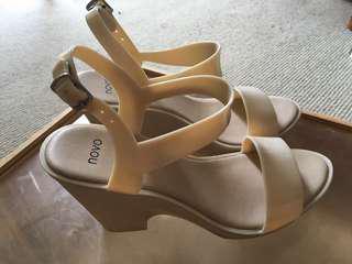 Nude jelly block heels