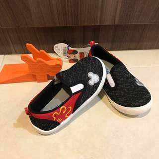 New* Disney Mickey Mouse Shoes Sneakers slip-on