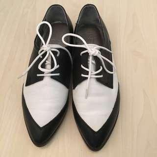 韓國製女裝真皮 黑白簡約文青款紳士鞋23碼(包送順豐站、送商用地址加$8)