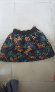 🚚 Midi Skirt
