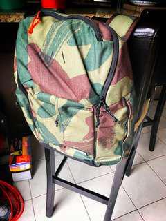 BRAND NEW Burton Cadet Backpack Denison/Camo