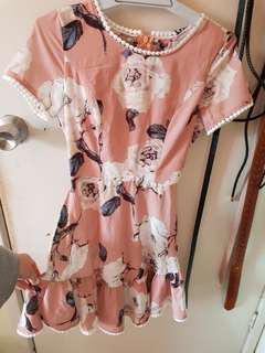 Brand new w/tag casual floral dress