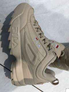 Fila disruptor in nude