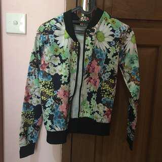 Jacket floral hijau