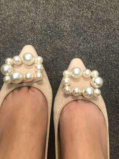 Pearl flats