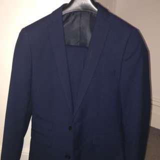 yd. Navy Suit