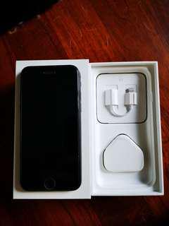 """Iphone 7 """"128gb"""" (Black)"""