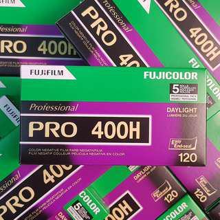 120mm Fuji Fujicolor Pro 400H Professional 400 H Fresh Film ( iso 400 ) 120 medium format !