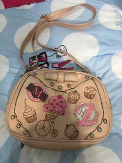 Preloved tas slingbag