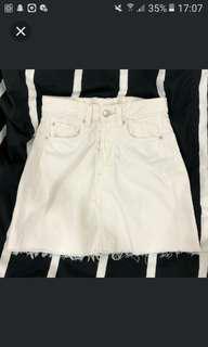 H&M white high waisted denim ripped skirt #MidSep50