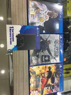 Ps4 One piece and Extended warranty card