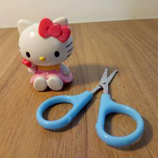 🚚 Hello Kitty scissors (beauty / kid's )