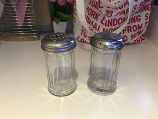Old School American Diners Shakers