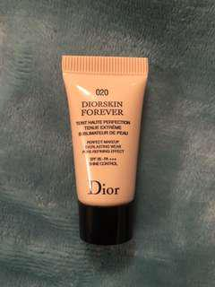DIOR Forever foundation mini 5ml in shade 020