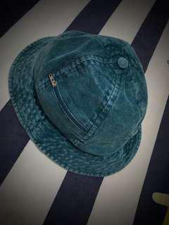 Supreme hats 100% real !!!