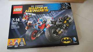 BNIB Lego 76053 DC comics superheroes Batman Gotham City Cycle Chase