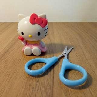 🚚 Hello Kitty scissors