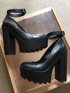 WINDSORSMITH leather block heels