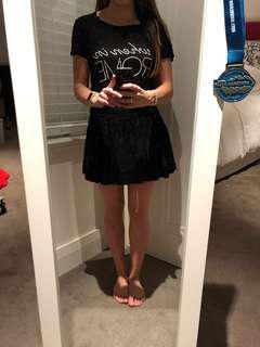 Black pleated girly skirt