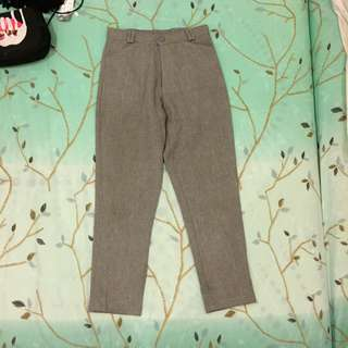 grey pants hw