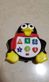 Penguin music toy