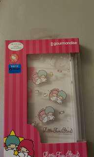 Little Twins Star i phone 6 +cover x 2