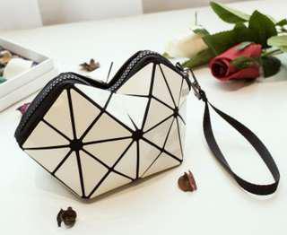 Geometric Cosmetic Bag (White)