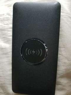 充電器無線充電一個