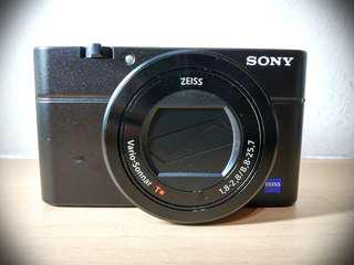 Sony RX100 III (MARK 3) Digital Camera