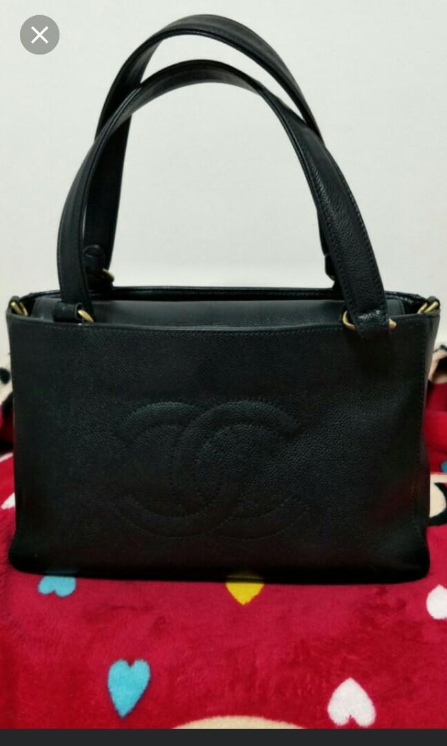 ecb50016b623 💯% Authentic Chanel Caviar Shoulder Bag, Luxury, Bags & Wallets ...
