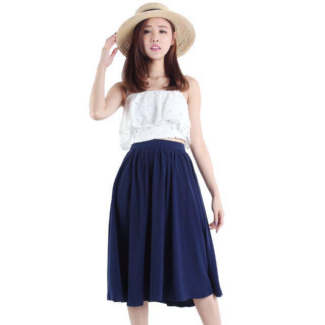 BNWT The Tinsel Rack Willow Midi Skirt (Navy) Size L
