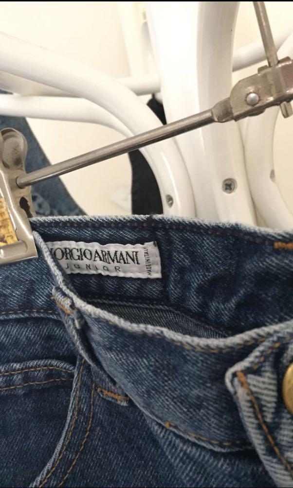 Giorgio Armani vintage mom jeans 6 // Levi's // Mom Jeans // 501 // Universal Store // I am Gia // Denim co // Beginning Boutique