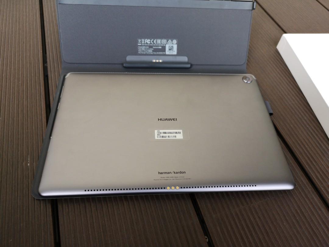Huawei MediaPad M5 10 8 + keyboard, Mobile Phones & Tablets
