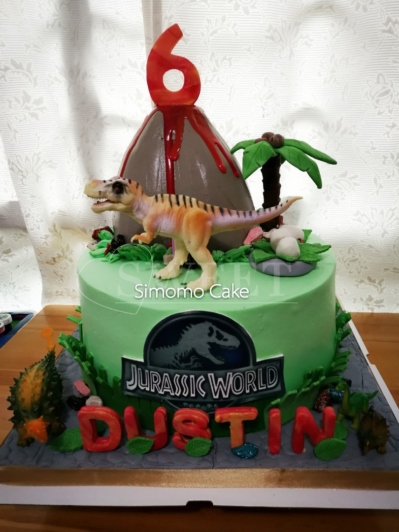 Jurassic world Jurassic park dinosaur volcano cake, Food ...