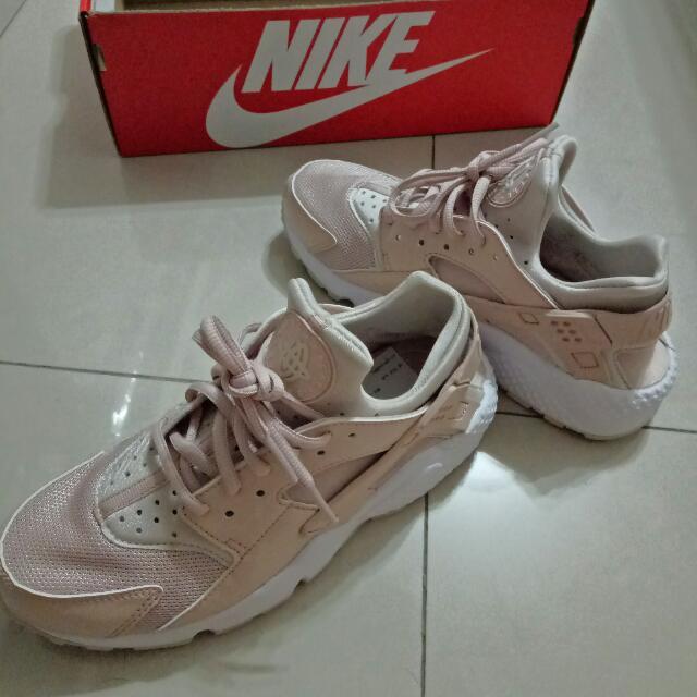 Nike 黑武士