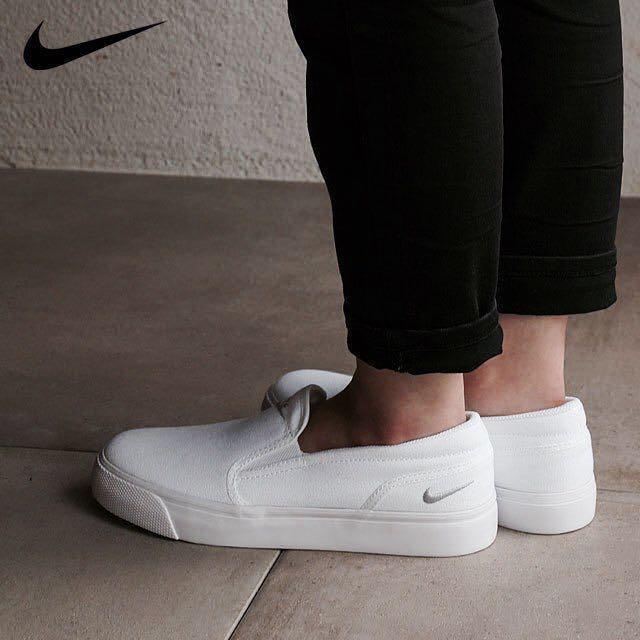 Nike Toki Slip Ons Canvas, Women's