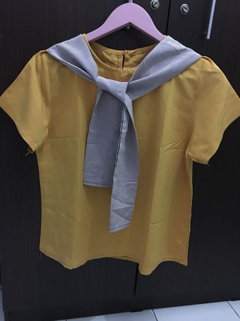 Yellow top pita depan baju atasan kuning, Women's Fashion, Women's Clothes on Carousell