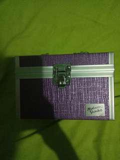 Kotak Serbaguna Masami Shouko