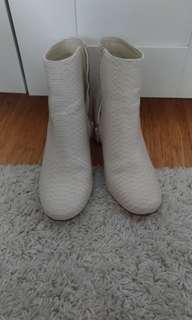 Cream Snakeskin Print Boots