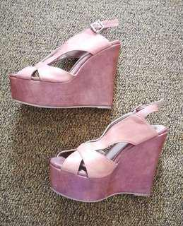 Amazing Aldo High Wedge Platform Sandals Size 6