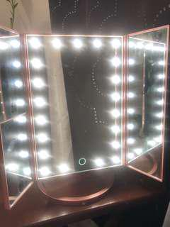 22 LED Illuminated Vanity Mirror Tabletop