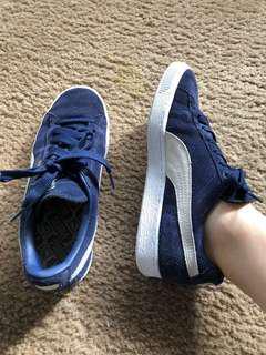 Puma navy sneakers
