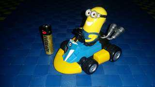 Minion Drive pull back toy