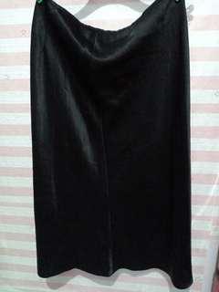 Ladies long skirt preloved